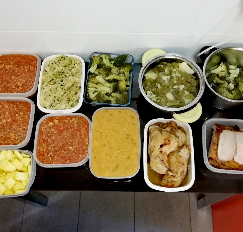Batchcoking de hervido, hamburguesas de merluza, sopa de lentejas al limón, fiambre de lomo, pollo a la cerveza, menestra, arroz 1000 delicias y pasta a la boloñesa