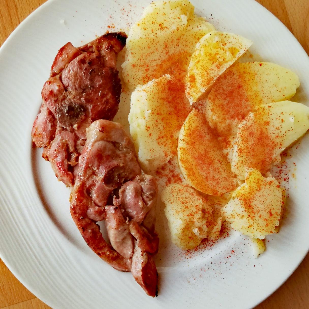 Carne adobada con jengibre y salsa de soja