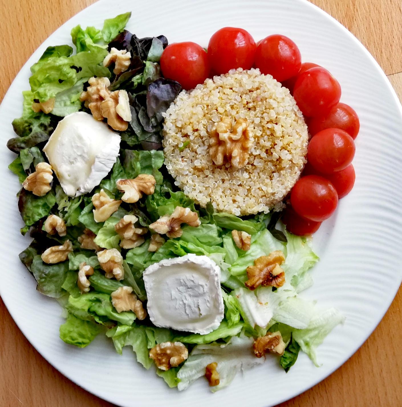 Ensalada de hoja de roble y quinoa