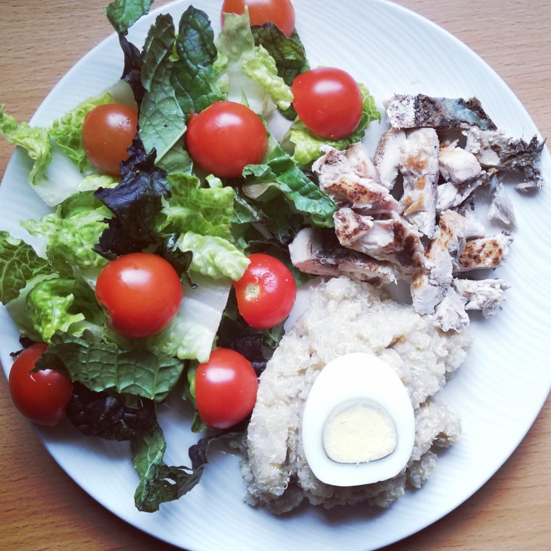 Ensalada de quinoa y caballa