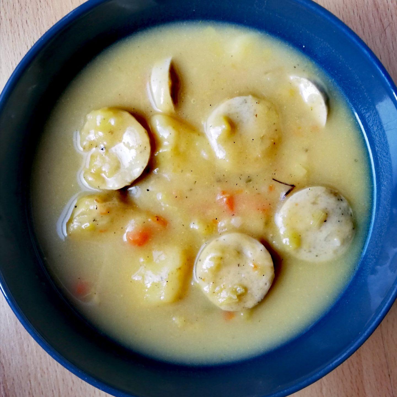 Sopa de patatas estilo alemán