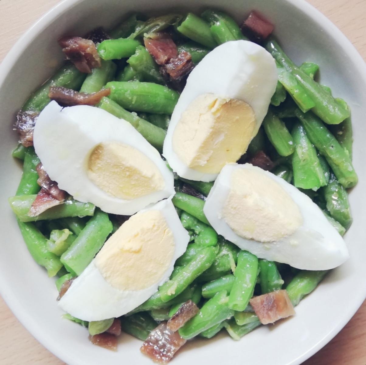 Ensalada de judías verdes con anchoas
